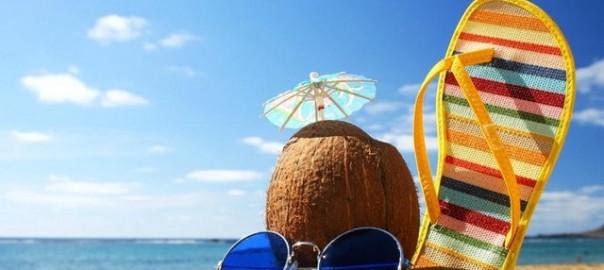 Пляж и кокос