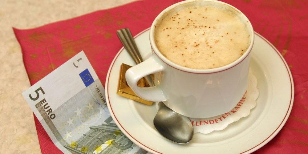 евро и кофе