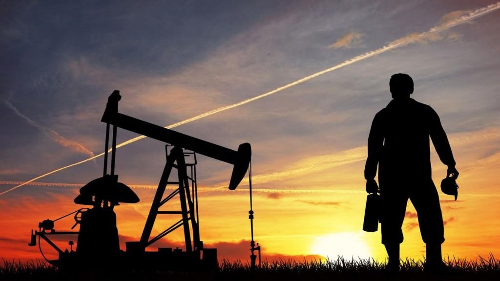 нефть и мужчина